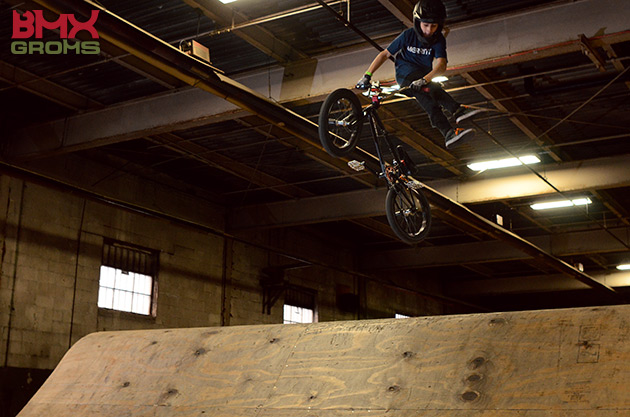 11 year old Brady Baker no footed can can.