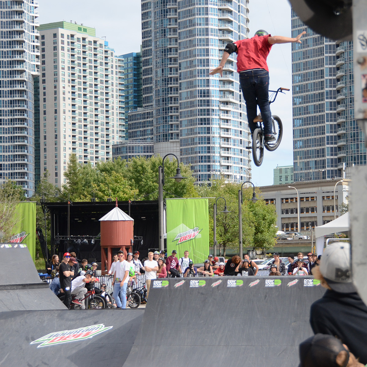 Suicide no hander at BMX Dew Tour Am Series in Toronto