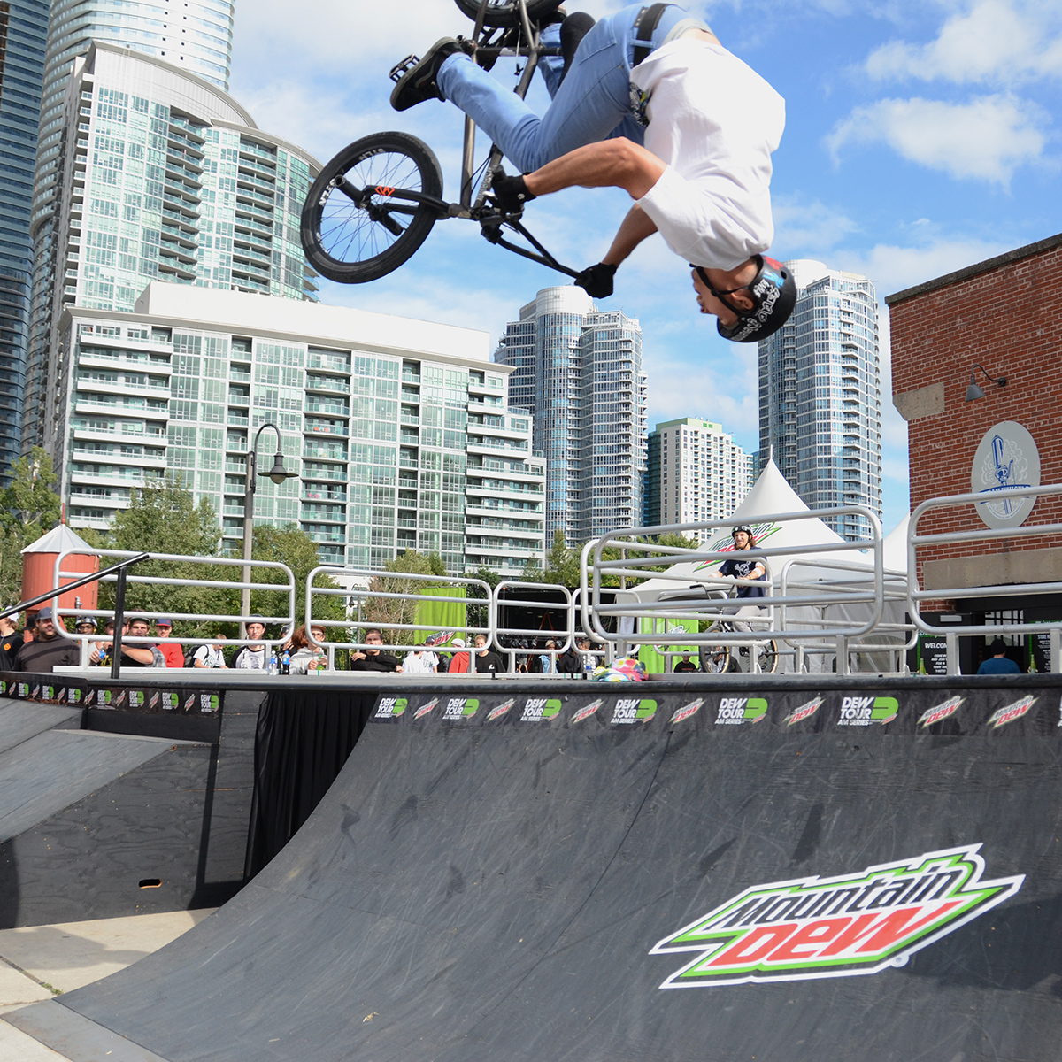 Steven Moxley winner at Dew Tour Am Series in Toronto