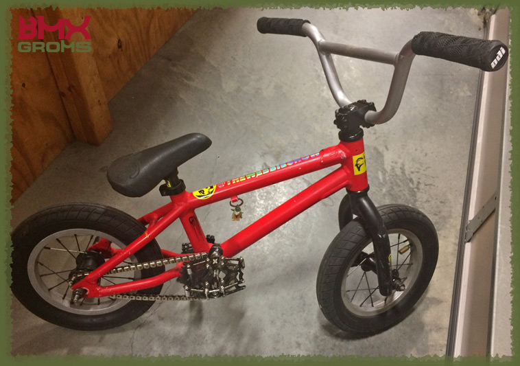 Jensen Anders 12 Inch Cult Juvi BMX Bike Check Overall